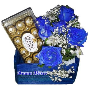 Kit com rosas Azuis+Chocolate 12un